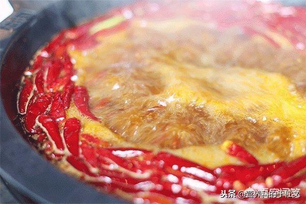 哪些人不建议多吃火锅?①高尿酸血症、痛风 - 第1张  | 网络大咖