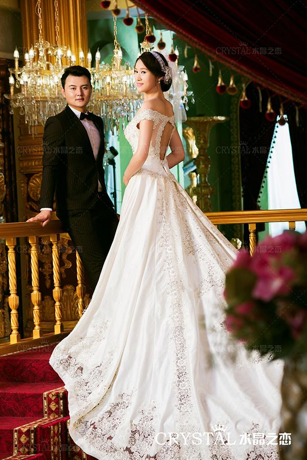 拍婚纱照笑容技巧