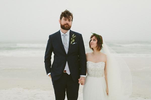 真人短发新娘婚纱照图片大全