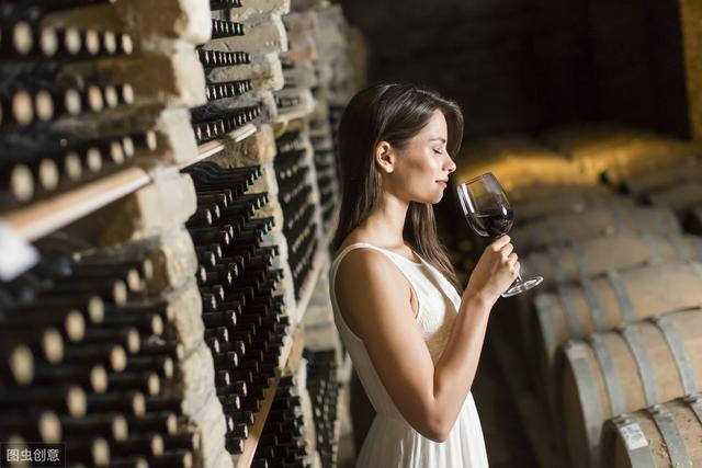 红酒知识鉴赏:红酒那些小常识快点来看看跟收藏吧