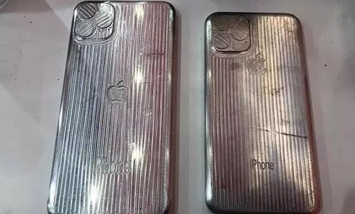 "iPhone11衬着图暴光,外观设计""巨丑"",你还期待吗? 第3张"