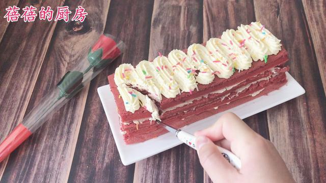 还去什么蛋糕店,自己做的更好吃,红丝绒奶油蛋糕我来教你做