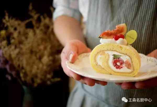 只卖蛋糕卷,就火遍了台湾的网红店究竟有什么特别?