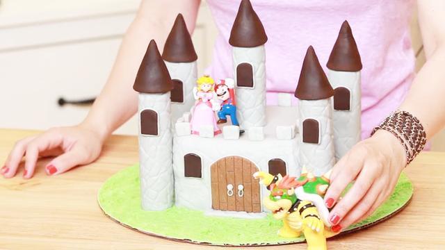 用翻糖蛋糕打造出的超级逼真的城堡来了!感觉来到了游戏里的世界
