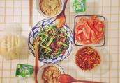 豆豉鱼炒油麦菜的做法?