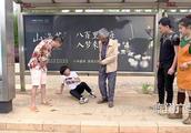 陈翔六点半:大爷我就夹你个钱包,妹爷:什么钱包你夹碎我的蛋了
