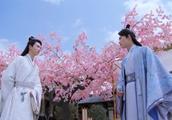 小檀在东岳发明烟花,浪漫表白八王爷流觞,真是一剑双雕啊
