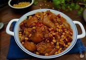 黄青豆焖猪蹄的家常做法大全怎么做好吃