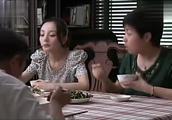 宋丹丹怕老了没人管,女婿:没人管我管,一桌人一家子满满的感动