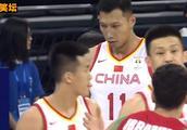 中国男篮VS黎巴嫩,场上黄飞鸿音乐一响起,全场观众都沸腾了