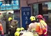 香港北角车祸监控曝光:校车冲上人行道 司机拦车未果已致2死12伤