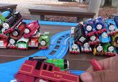 托马斯和他的朋友们,形态各样的50种托马斯小火车