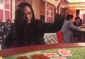 富婆赌桌上瞧不起高进,买法拉利还是保时捷,高进纠结开来