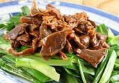 炒莴笋怎么做好吃,鸡杂炒莴笋的家常做法