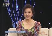 蔡明1991年登上春晚舞台,现场讲述春晚作品中各种方言的由来