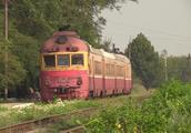 火车迷-俄罗斯铁路-经典的柴油机车头D1 DMU和2TE10L内燃机车