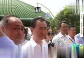 王健林巡视自家万达,鲁豫想怂恿王总坐过山车,王总怂了!