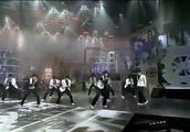韩庚领舞,super-junior凭这首歌风靡一时,魔性舞步引起模仿热潮