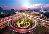 武汉首条BRT来袭,花公交钱享的士速度!武昌的交通又要逆天了
