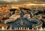 罗马是一座历尽沧桑的古城,一座巨大的博物馆