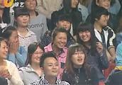 小伙子的表演太刺激了,评委观众都被震撼了!