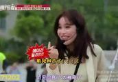 韩国综艺,小姐姐反应一个比一个夸张来香港天坛大佛听到回音