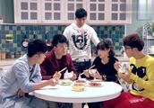 爱情公寓:看曾小贤如何吐槽吕子乔,太搞笑了