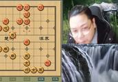 和软件下和棋已是最高理想,不想对方最后来个自杀,搞不懂
