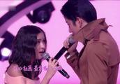 泰国版《浪漫满屋》男女主角献唱,现场呼声不断,眼神交汇好甜!