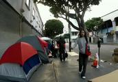 早上美国洛杉矶的贫民窟,不止有黑人