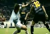 罗纳尔多曾在比赛中使用了一招难度极大的经典过人!