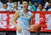 第二轮本土球员评分,刘晓宇狂奔52分钟,周鹏状态持续火爆!