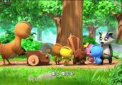 松鼠的橡实被森林清道夫当成垃圾,獾大叔你别逗