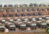 中国部队军车是如何停放的,在看看普通人,有种羞愧的感觉