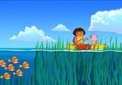 爱探险的朵拉:朵拉欢乐的划着皮艇,穿过了海草群,去解救小牛