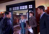 汤虎和刁经理掺假被发现,蒋心表决诚心,可对方不肯善罢甘休