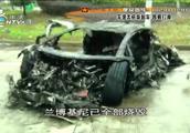 男子借了朋友的兰博基尼,结果高速上一个急刹车,5分钟烧成废铁