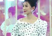 贾静雯大女儿开学说脏话被批评,结果被她怒怼:又怎么样!