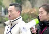 杨威晒一家三口合影 分享杨阳洋逗趣对话温馨十足-