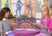芭比之梦想豪宅:芭比遇到志同道合的朋友,主动介绍自己成为朋友