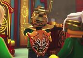 《乐高幻影忍者》那个是假的欺诈面具,真的在劳埃德手上