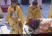 朱元璋:皇子贪玩,朱元璋恨铁不成刚钢,脱下皇靴挨个打屁股