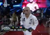 39秒打傻日本人 日本光头来华挑衅上场遭暴打KO 彻底昏死场上