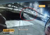 北京街头发生惨烈车祸,行人一死一重伤,肇事逃逸司机落网