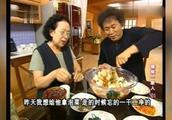搞笑一家人:能吃能抗力大如牛的吃货母子又来了!笑疯了!!