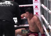 中国小伙被巴西拳王柔术狂虐,连续重拳暴击被打的坐地不起