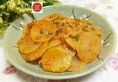 的做法,红烧土豆片怎么做好吃,红烧土豆片的家常做法