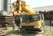 建材装卸现场发生事故 两工人被钢板砸中一人身亡