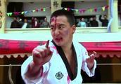 日本第一高手擂台上出阴招,结果被小伙打惨了