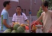 条子5斤苹果卖60块钱,还使出霸王条款,看来只有杨光能整治他
